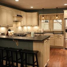 Traditional Kitchen by Philadelphia Soapstone Company