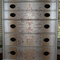 Hand painted Pearl and Gold Striped Silk Finish Chest of Drawers