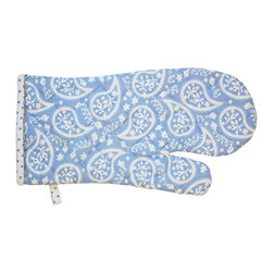 BrandWave - Carol, Mit - Blue and white are the ideal kitchen color combination. Look fashionable and protect your hands with this lovely paisley oven mitt. Its durable fabric will protect your hands, but its chic, flirty design will give your guests something to talk about!