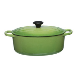 Le Creuset - Le Creuset Palm 5-quart Signature Oval French Oven - The lively green Palm 5-quart oval French oven is a fully enameled lidded pot ideal for roasting,braising,stewing and more. The lasting cast iron construction and enameled interior makes this lidded pot the perfect companion to any kitchen.