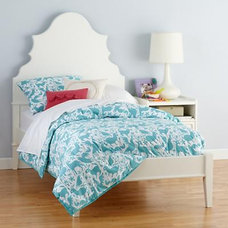 New! Monarch Bed