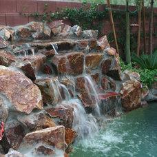 Traditional Pool by Laguna Pool & Spa