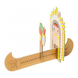 OOTS! - Pop-Out Cards: Indian with Arrows - The narrow boat, bag of arrows and chiefly headdress will inspire you to address this pop-out card set with the sacred, indigenous spirit with which it was intended. The Native American theme extends to the matching note card and envelope, allowing it to make a strong statement and lasting souvenir.