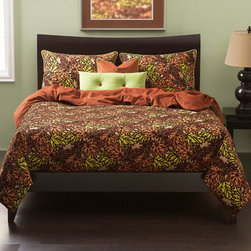Siscovers - Press Leafed Copper and Green Six Piece Queen Duvet Set - - Leaf pattern in autumnal colors with flocked texture  - Set Includes: Duvet - 94x98, Two Queen Shams - 30x20, One Decorative Pillow - 16x16, One Decorative Pillow - 26x14  - Inserts: Polyester  - Duvet Material: 87% Cotton, 13% Nylon  - Sham Material: 100% Polyester  - Pillow Material: 100% Polyester  - Workmanship and materials for the life of the product. SIScovers cannot be responsible for normal fabric wear, sun damage, or damage caused by misuse  - Reversible Duvet and Shams  - Care Instructions: Dry Clean Only  - Made in USA of Fabric made in China Siscovers - PLCO-XDUQN6
