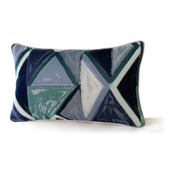 14 Karat Home - Claire - Ocean blue and sea green are the colors that make up this modern, geometric watercolor jacquard with natural fabric backing and welting to match.  It's a perfect complement for a modern lifestyle.