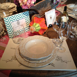 Firenze dinnerware, Schott Zwiesel glasses and Cake Vinyage  placemats -
