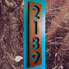 Modern House Numbers by Moda Industria