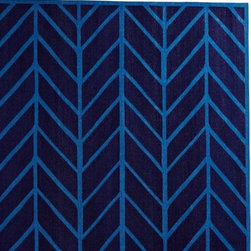 Serena & Lily - Navy/Cobalt Feather Rug - Our original design is both graphic and organic, taking its cue from traditional herringbone and chevron patterns. 100% cotton dhurrie hand woven in India. Use with a rug pad (sold separately).