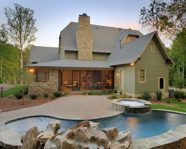 Traditional  by Artisan Custom Homes