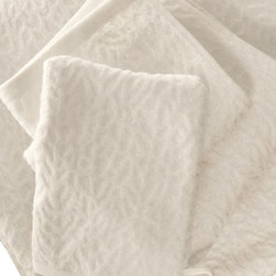 """Ventalina Bath Towel - Natural White 30"""" x 56"""" - Gorgonia Ventalina, or the common sea fan, is a species of coral with a branching, fan-shaped skeleton that grows in colonies. These ultra plush bath towels and mits inspired by these sea fans are crafted from 100% organic cotton in a beautiful Natural White hue and exude an opulent feel. Place them thoughtfully in a basket for use in a guest bathroom, or use them everyday and bask in the luxuriousness of Affina."""