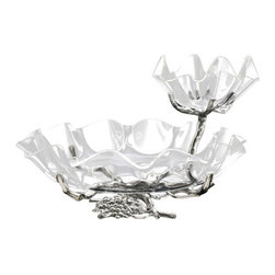Arthur Court - Grape Chip and Dip with Acrylic Bowls - This serving bowl is sure to be a hit at your next party. The cast-aluminum base of twining vines has classic, nature-inspired elegance, while the two bowls of rippling clear acrylic add an unexpected modern touch. The duo of large and small bowls is perfect for serving finger foods with dip.