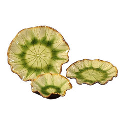 Howard Elliott - Howard Elliott 18149 Decorative Plates, Moss Green Glaze w/ Mocha Accents-set of - Moss Green Glaze w/ Mocha Accents Plates-set of 3 by Howard Elliott This set of 3 Moss Green Glaze Ceramic Plates with mocha accents would be the perfect addition to any setting. Plates (3)