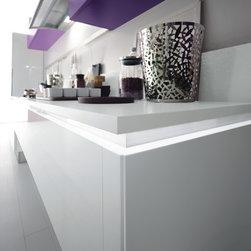 Mya - design Studio Delta