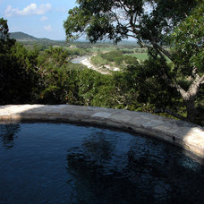 Rustic Pool by Ignacio Salas-Humara Architect LLC