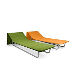 Modern Outdoor Wicker Chaise Lounges - The fun colors and contemporary lines of this chaise lounge make it a great addition to the back yard to add a little bit of spice.
