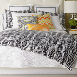 King Zebra Stripe Three-Piece Comforter Set