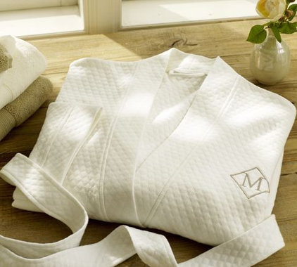 Traditional Bathrobes by Pottery Barn