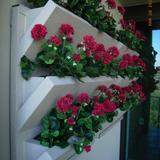 Outdoor Decor by H2O Designs