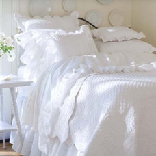 Traditional Quilts And Quilt Sets by The Bella Cottage
