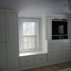 Traditional Bedroom by Closet Factory - Cleveland