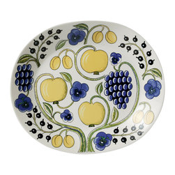 "iittala Paratiisi Oval Platter 14"" - Birger Kaipiainen's Paratiisi dishes combine well-defined and controlled shapes with rich decoration, achieving a beauty that never fails to inspire. The captivating Paratiisi range is a much-loved classic from Arabia. It only takes one Paratiisi dish in a table setting to turn a meal into a celebration."