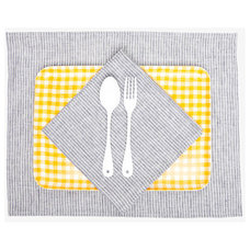 Traditional Kitchen And Table Linens by Poketo