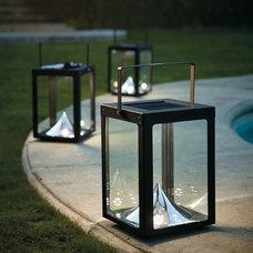 Traditional Outdoor Lighting Metropolitan Solar Outdoor Lantern