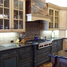 Kitchen Cabinetry Cabinetry with Antique Finish