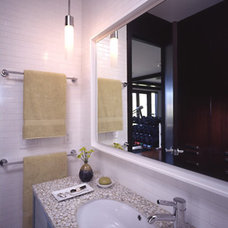 Contemporary Bathroom by RYAN ASSOCIATES GENERAL CONTRACTORS