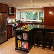 Traditional Kitchen by Schnarr Craftsmen Inc