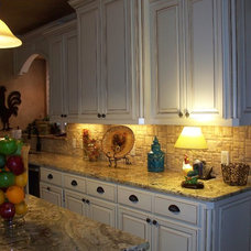 Traditional Kitchen Cabinets by C&S Cabinets, Inc