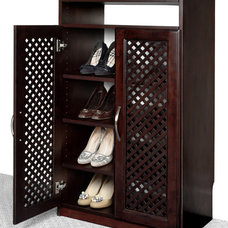 Traditional Closet Organizers by Solid Wood Closets, Inc.