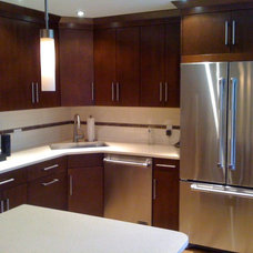 Modern Kitchen Cabinetry by Angelo Vallianatos, Sales/Designs of Kitchen Craft