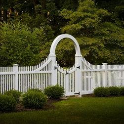 Tewksbury, NJ - Custom Entry with radius arch and double gates
