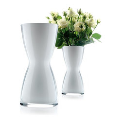 Eva Solo - Eva Solo Florentine Vase Large - Elegant mouth-blown glass with a slim neck that hugs the bouquet and keeps it standing beautifully.Item also available on: