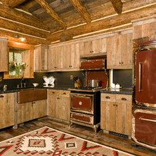 Rustic  by Teton Heritage Builders