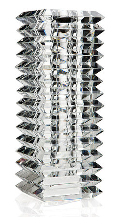 """Godinger Silver - 14"""" Straight Vase - This 14 """" straight vase will give a perfect new look to your table setting."""