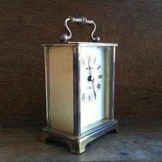 Traditional Clocks by Luulla