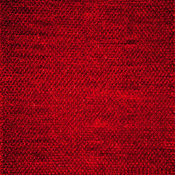 Momeni - Momeni Downtown Collection DT-01 (Red) 5' x 7' Rug - Downtown combines chic and casual living for a unique stylish look for every lifestyle. Hand-woven in India with a combination of wool and polyester shag, Downtown embraces the sexiness of city living at the same time embracing the comfort for your favorite room.