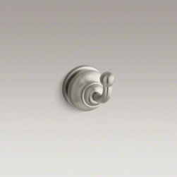 KOHLER - KOHLER Fairfax(R) single robe hook - With smooth, graceful lines and curves, Fairfax brings elegant style to your bathroom. This robe hook provides a convenient location for hanging towels or clothes while reflecting the timeless design of Fairfax faucets and accessories.