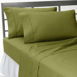SCALA - 600TC Solid Moss Twin XL Flat Sheet & 2 Pillowcases - Redefine your everyday elegance with these luxuriously super soft Flat Sheet . This is 100% Egyptian Cotton Superior quality Flat Sheet that are truly worthy of a classy and elegant look.