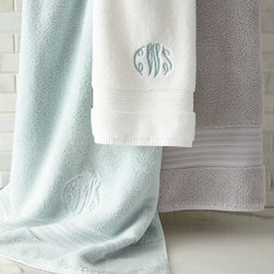 Charisma - Regent Hand Towel - CORN FLWR(LT BLU) (HAND TOWEL) - CharismaRegent Hand TowelDesigner About Charisma:Charisma linens are known for an understated elegance with attention to detail and quality workmanship. The Charisma collection includes fine bedding and towels that are often crafted from luxurious fabrics such as Egyptian cotton and Supima cotton for a truly soft touch that endures.