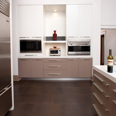 Contemporary  by Busby Cabinets
