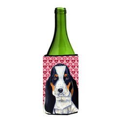 Caroline's Treasures - Basset Hound Hearts Valentine's Day Portrait Wine Bottle Koozie Hugger - Basset Hound Hearts Love and Valentine's Day Portrait Wine Bottle Koozie Hugger LH9149LITERK Fits 750 ml. wine or other beverage bottles. Fits 24 oz. cans or pint bottles. Great collapsible koozie for large cans of beer, Energy Drinks or large Iced Tea beverages. Great to keep track of your beverage and add a bit of flair to a gathering. Wash the hugger in your washing machine. Design will not come off.