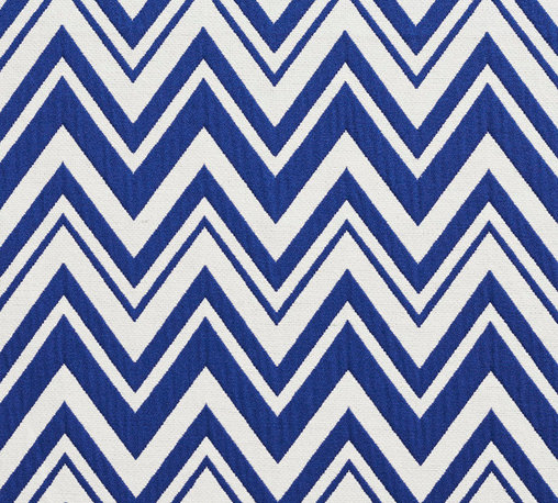 Navy and White Chevron Zig-Zag Upholstery Fabric By The Yard - This upholstery fabric is great for all indoor upholstery, bedding, window treatments and fabric related projects. This material combines luxury with durability. It will truly look great on any piece of furniture.
