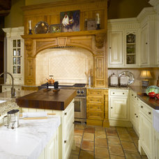 Traditional  by Hungeling Design, LLC
