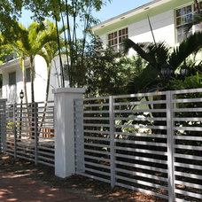 Contemporary Fencing by Formative Linear Systems