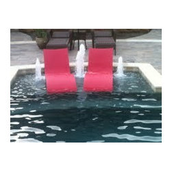 Ledge Loungers in Action! - More red Ledge Loungers, love that pop of color!