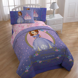 Disney - Disney Sofia First Princess in Training 10-piece Bed-in-a-Bag with Sheet Set - The Sofia First Princess in Training Bed-in-a-Bag set from Disney is ideal for creating a princess-themed atmosphere. The comforter in this set is made from machine-washable polyester to keep the little one warm and cozy.