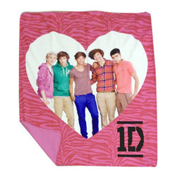 Jay Franco and Sons - One Direction Pink Zebra Print Heart Fleece Throw Blanket - FEATURES: